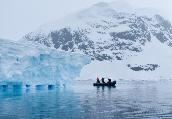 Emily Lee Iceberg observation and tracking.jpg